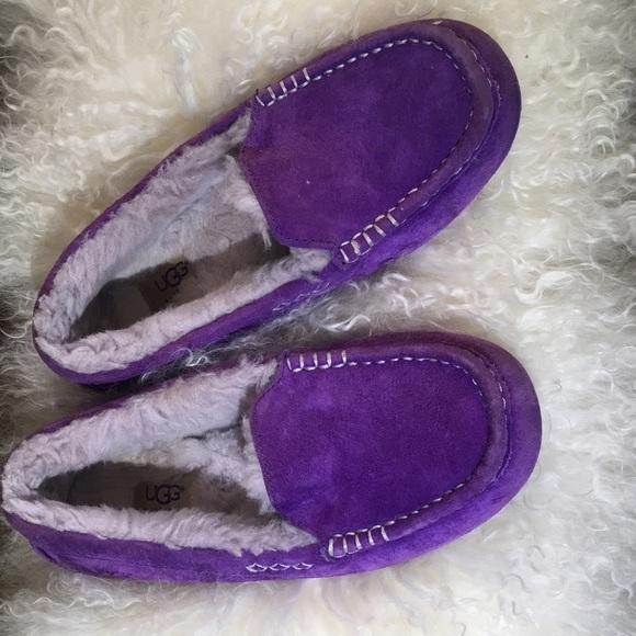 girls purple uggs